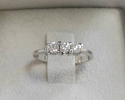 Trilogy diamanti 0.42 ct